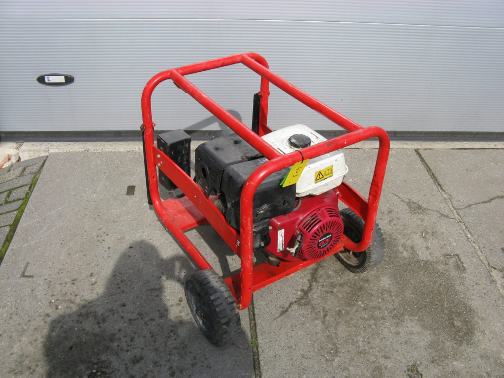 HONDA GX 390 / SDMO 6000 HX (6 KVA) generator VERKOCHT/SOLD